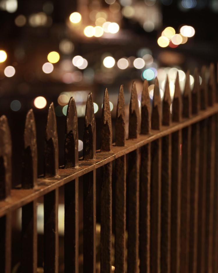 fence_bokeh
